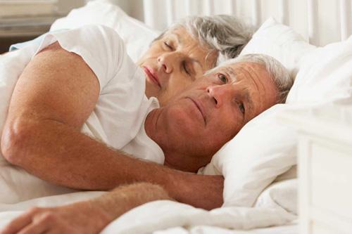 Mất ngủ ở nam giới: Bí quyết giúp tìm lại giấc ngủ 7 tiếng/đêm - 1