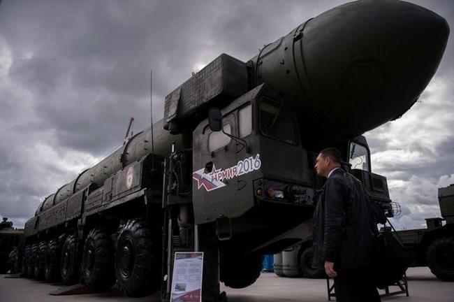 Nga ra mắt tên lửa nhanh tới nỗi không thể bắn hạ - 1