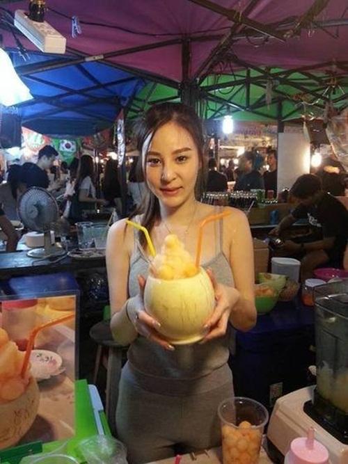 """""""Nữ thần nước ép"""" Thái Lan gây xôn xao với thân hình nóng bỏng - 3"""