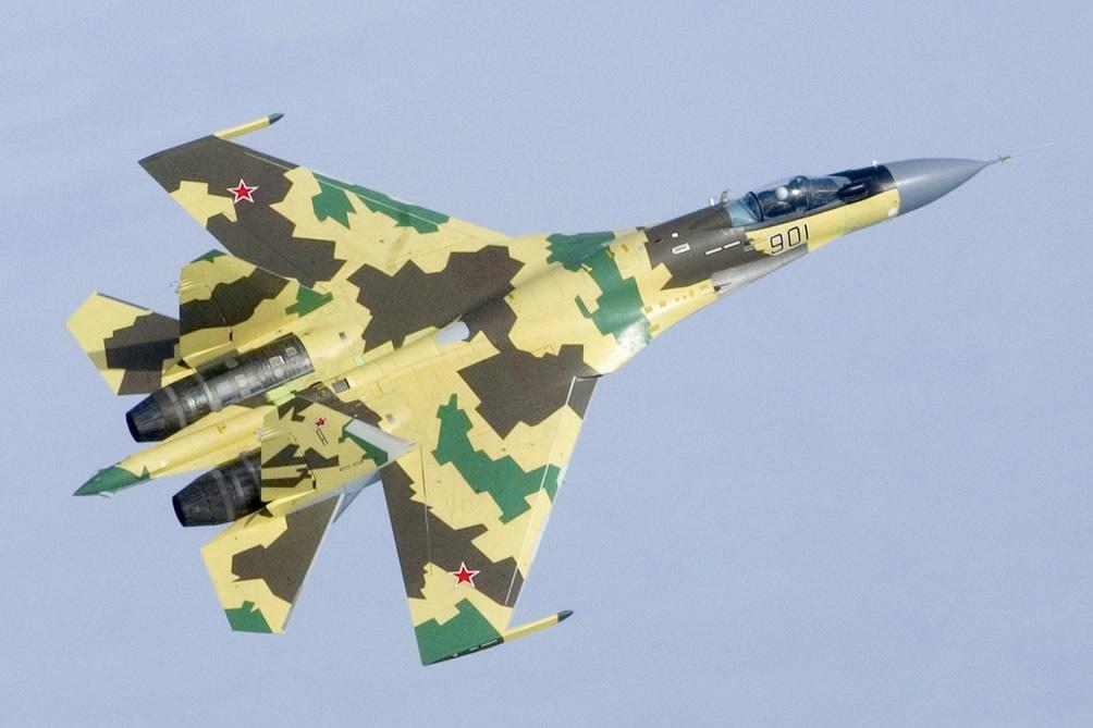 """Vì sao Nga chưa muốn giao """"viên ngọc quý"""" Su-35 cho TQ? - 1"""