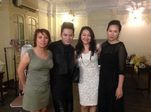 Tùng Dương lần đầu chia sẻ về chuyện vợ con - 1
