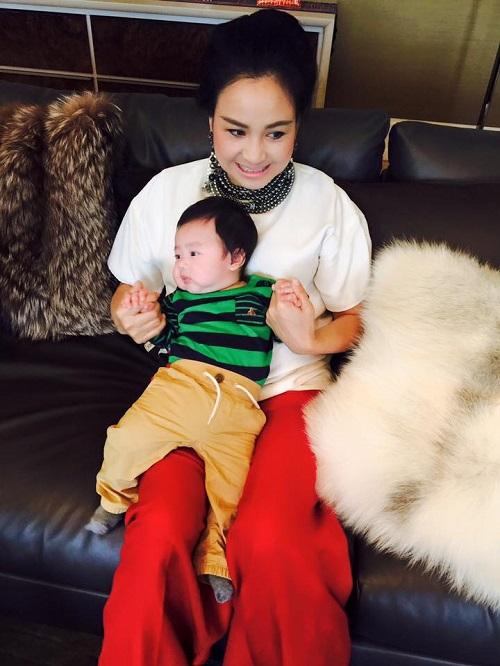 Tùng Dương lần đầu chia sẻ về chuyện vợ con - 2
