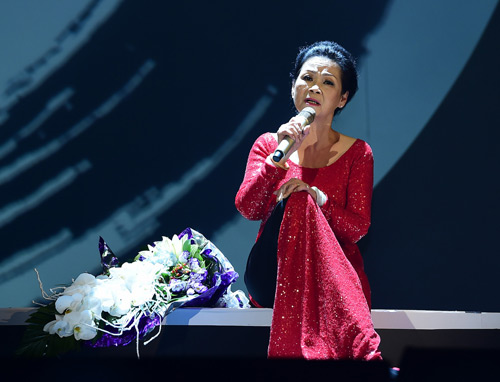 Hồ Ngọc Hà lo lắng khi được mời hát trong đêm nhạc Khánh Ly - 2