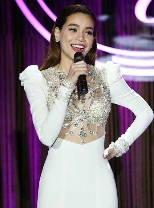 Hồ Ngọc Hà lo lắng khi được mời hát trong đêm nhạc Khánh Ly - 1