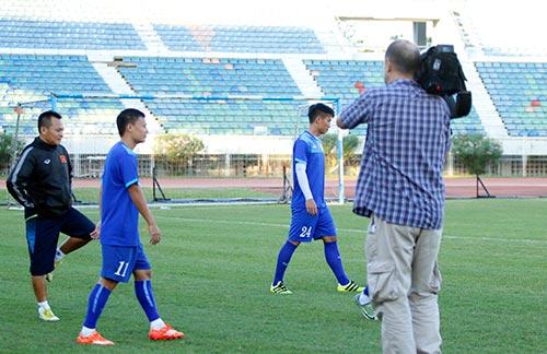 ĐT Việt Nam: Chơi bóng ném để thắng Myanmar ở sân Thuwunna - 2