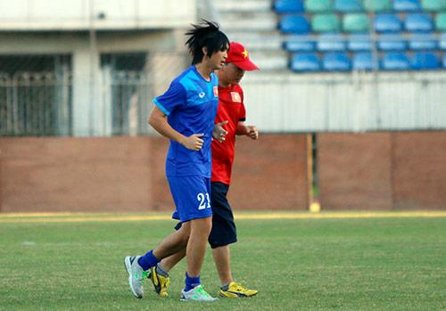 ĐT Việt Nam: Chơi bóng ném để thắng Myanmar ở sân Thuwunna - 5