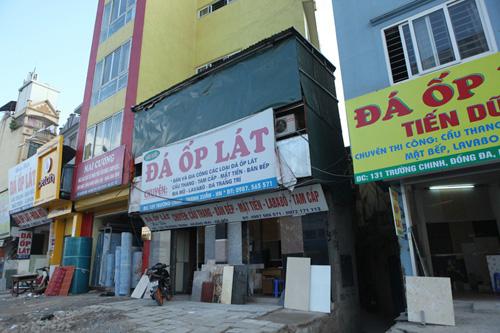 """Hà Nội: Nhà mỏng manh trên """"đường cong mềm mại"""" - 7"""