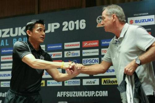 Tin nhanh AFF Cup: Malaysia đặt mục tiêu 3 điểm mở màn - 1