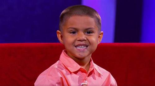 """Sửng sốt vì cậu bé 5 tuổi tính nhẩm """"như thần"""" - 1"""