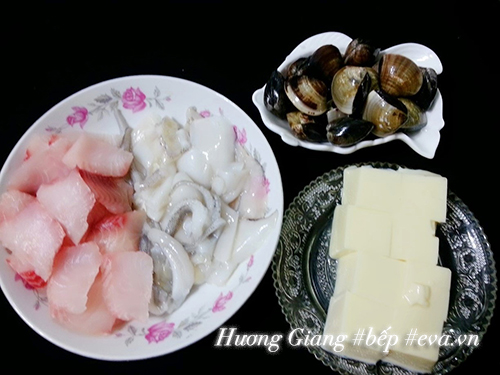 Cách nấu lẩu hải sản chiêu đãi bạn bè dịp cuối tuần - 4