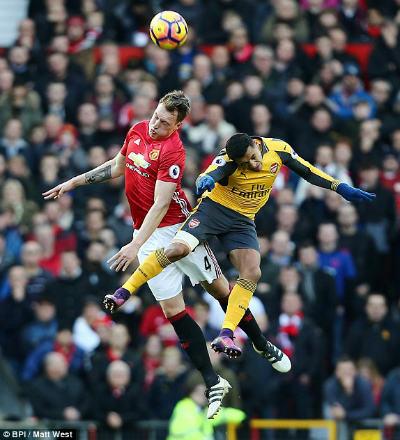 Chi tiết MU - Arsenal: Chết lặng Old Trafford (KT) - 9