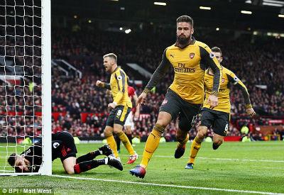 Chi tiết MU - Arsenal: Chết lặng Old Trafford (KT) - 10