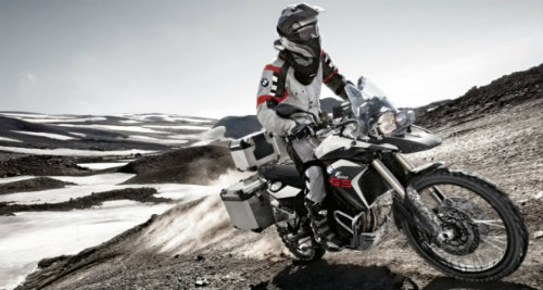 BMW F800GS Adventure và Yamaha FJ-09: Ai đo ván ai? - 5