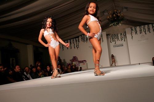 Miền gái đẹp: Venezuela - đất nước nghèo ám ảnh vì hoa hậu - 4