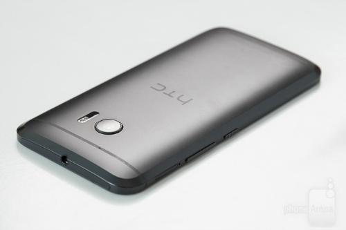 "Top 12 smartphone sở hữu pin ""trâu"" nhất 2016 - 8"