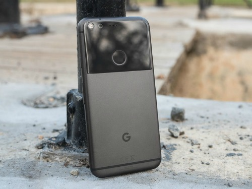 "Top 12 smartphone sở hữu pin ""trâu"" nhất 2016 - 4"