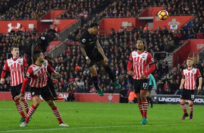 Chi tiết Southampton – Liverpool: Xuất thần Forster (KT) - 5