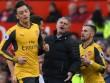 MU hòa Arsenal, lập 2 kỷ lục buồn, Mourinho đổ tại quá đen