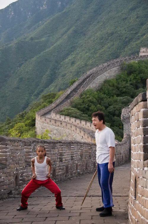 Cảm động cảnh Thành Long dạy võ trên Vạn lý trường thành - 1