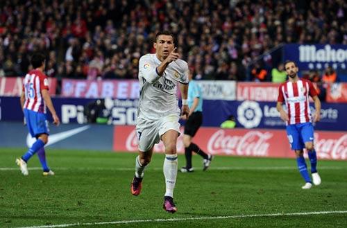"Atletico - Real Madrid: ""Cơn cuồng phong"" Ronaldo - 2"