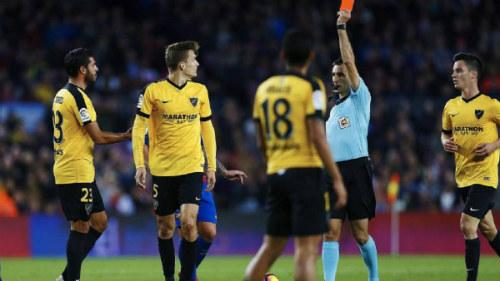 """""""Tịt ngòi"""" ở Nou Camp, báo thân Barca đổ lỗi trọng tài - 2"""