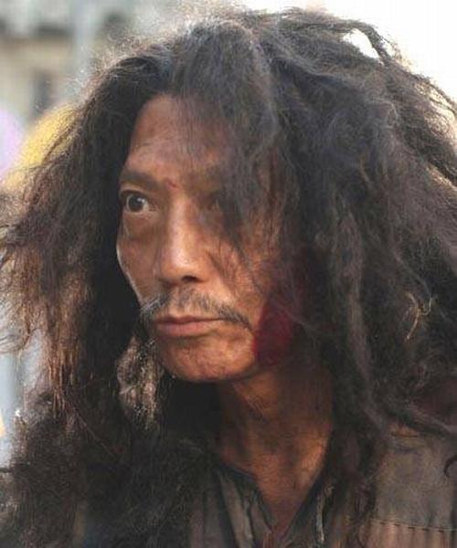 """Cuộc sống quyền lực của lão ăn xin trong """"Tuyệt đỉnh Kungfu"""" - 1"""