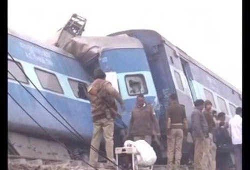 Tai nạn tàu hỏa kinh hoàng ở Ấn Độ, 45 người thiệt mạng - 7