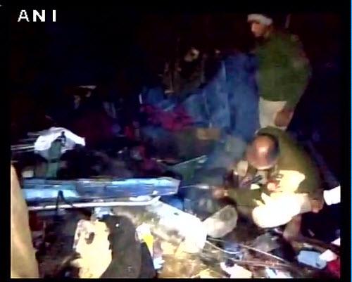 Tai nạn tàu hỏa kinh hoàng ở Ấn Độ, 45 người thiệt mạng - 9