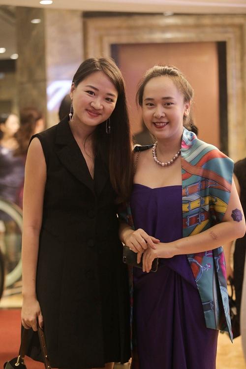 Mỹ Linh diện style gợi cảm, lấn át diva Hồng Nhung - 9