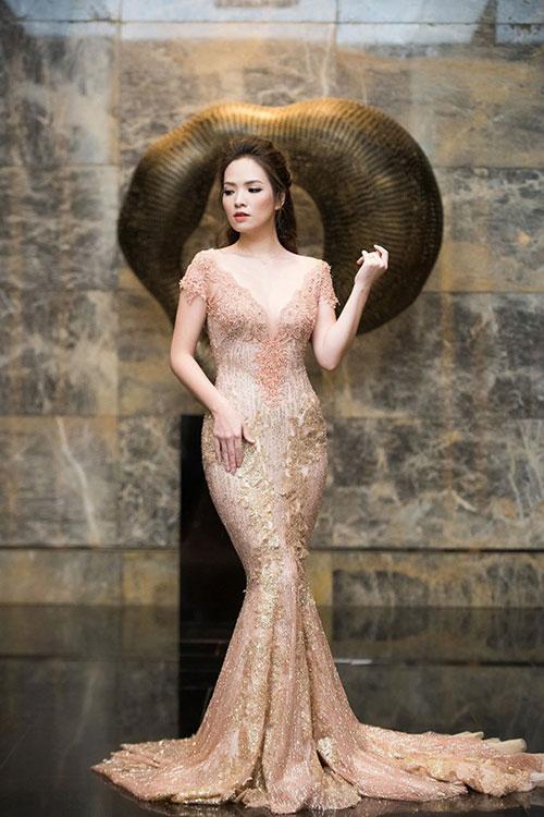 """Quỳnh Mai """"siêu vòng 3"""" bất ngờ lọt top mặc đẹp nhất - 11"""