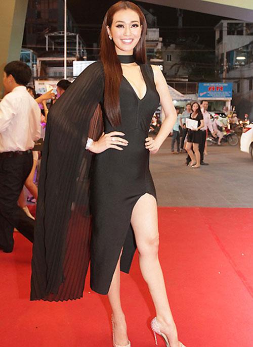 """Quỳnh Mai """"siêu vòng 3"""" bất ngờ lọt top mặc đẹp nhất - 14"""
