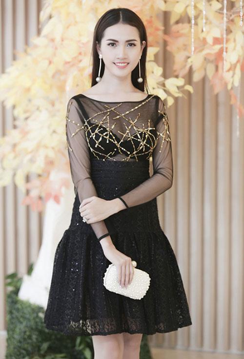 """Quỳnh Mai """"siêu vòng 3"""" bất ngờ lọt top mặc đẹp nhất - 18"""