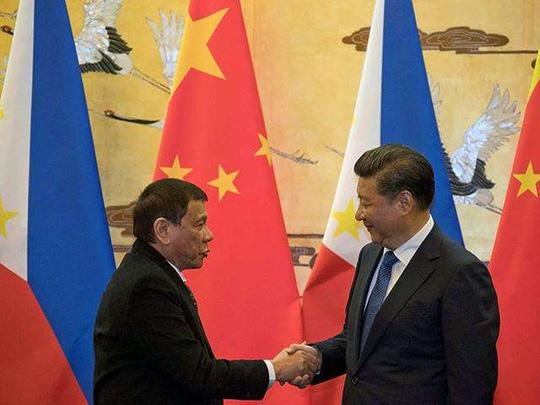 """Tổng thống Duterte gặp """"thần tượng"""" Putin - 2"""