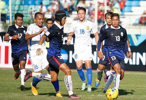 Malaysia – Campuchia: Rượt đuổi 5 bàn thắng - 1