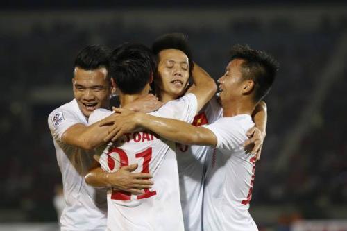 ĐT Việt Nam: Văn Quyết mở hàng, fan ngập tràn vui sướng - 5