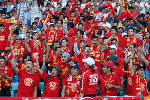 ĐT Việt Nam: Văn Quyết mở hàng, fan ngập tràn vui sướng - 9