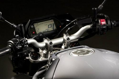 So thắng thua giữa Yamaha MT-10 và Kawasaki Z1000 - 4