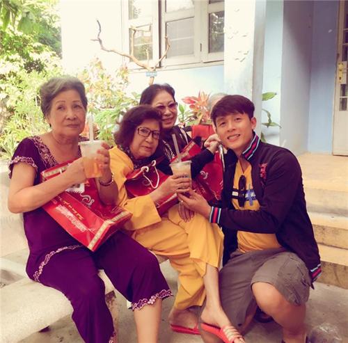 Cát-xê thấp khó tin của nhiều sao Việt nổi tiếng ai cũng biết - 4