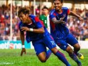 """Bóng đá - Tranh cãi: """"Messi Campuchia"""" ghi bàn, trọng tài đè cờ trợ lý"""