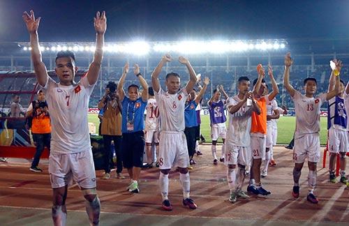 Báo chí quốc tế ca ngợi ĐT Việt Nam thắng đầy bản lĩnh - 1