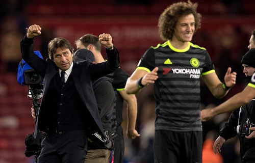 """Lên số 1, Chelsea chờ """"xả thịt"""" Tottenham lẫn Man City - 1"""