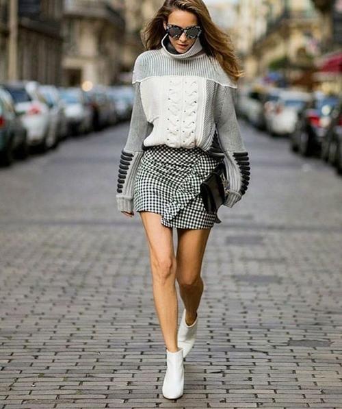 Thời tiết ẩm ương càng phải giữ vững phong độ ăn mặc - 6