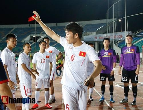 Tin nhanh AFF Cup: Kiatisuk dè dặt trước Singapore - 2