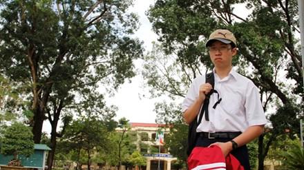 Phan Đăng Nhật Minh: Thí sinh 'quá nhanh và quá nguy hiểm' - 1