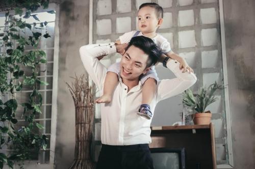"""Cuộc sống viên mãn của cặp """"đũa lệch"""" Khánh Thi - Phan Hiển - 5"""