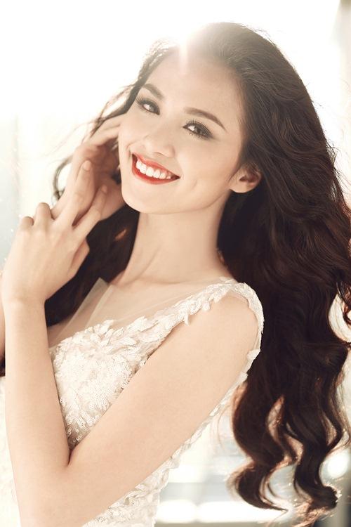 Lý Hùng, Hoa hậu Diễm Hương xúc động với những kỷ niệm về thầy cô - 6