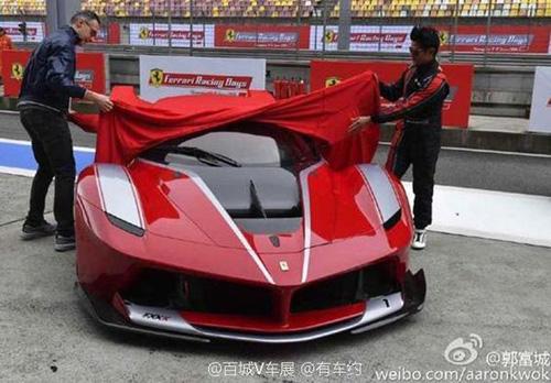 """Sửng sốt với dàn siêu xe """"báu vật"""" của Quách Phú Thành - 3"""