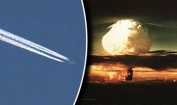 """Máy bay """"ngày tận thế"""" tối mật lộ diện trên bầu trời Mỹ - 1"""