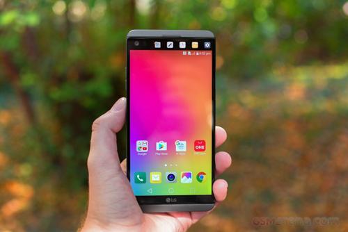 """LG V30 sẽ không có màn hình phụ, nhưng sẽ """"độc"""" hơn - 1"""