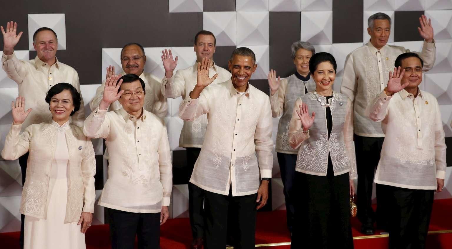 APEC 2016: Nguyên thủ mặc áo len cực hiếm trên thế giới - 11
